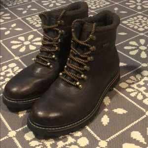 Rockport Men's boots size 9.5! Great condition!!